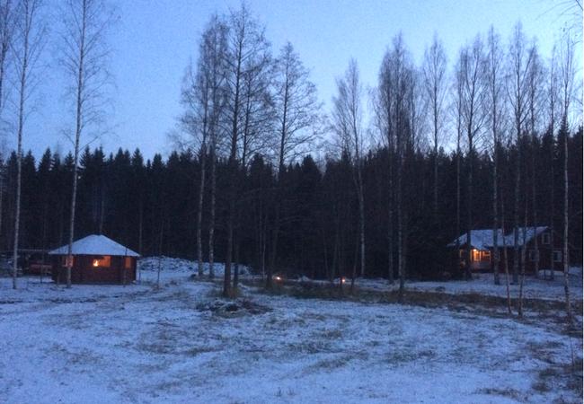 Aholanraitti-talviloma-vuokramökki-tunnelma